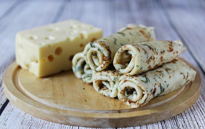 Тонкие блинчики на молоке, на дрожжах: пошаговый рецепт с фото