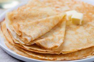 Рецепт блинов на молоке на Масленицу пошагово с фото